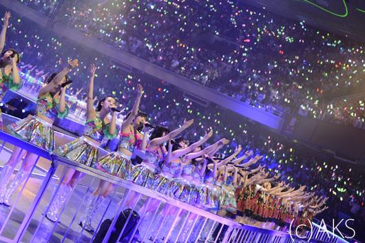 【写真追加】AKB48新曲『さよならクロール』初披露!センターにまゆゆ&ぱるる&ゆうこ&ともちん!