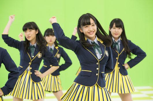 HKT48指原莉乃がCM撮影現場で指揮!朝長美桜に「嵐」櫻井翔ラップモノマネをリクエスト