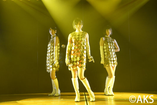 AKB48チーム8がAKB48劇場&SKE48劇場で公演開催!涙ぐみ抱き合うメンバーも