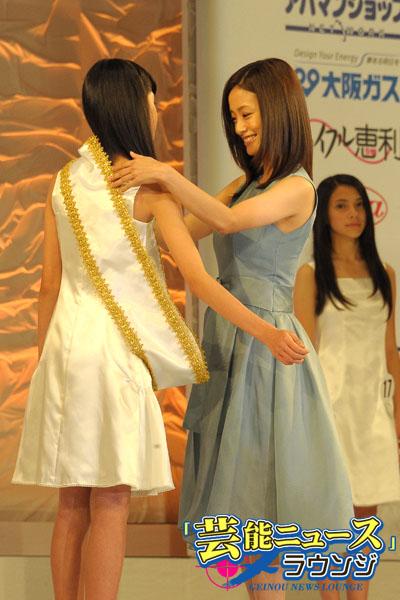 新・国民的美少女は12歳の高橋ひかるさん!上戸彩からタスキ掛けられ大粒の涙