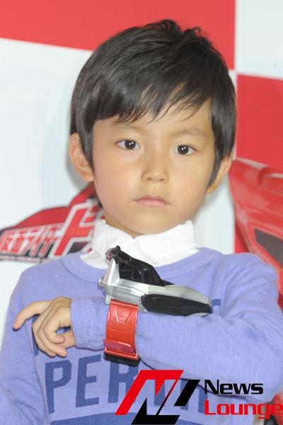 加藤憲史郎くん「仮面ライダードライブ」怪人・ロイミュードから襲撃!土田晃之とマツコを比較