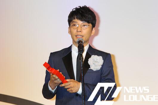 星野源 第54回ギャラクシー賞DJパーソナリティ賞に「本当に、本当に嬉しいです!」と満面の笑み