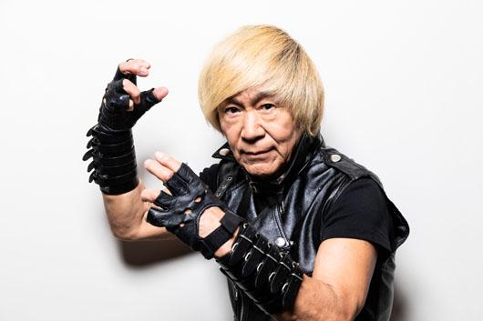 """アニソン界のレジェンド串田アキラ、新CMで「ビール好きに""""どストライク""""!」推しツマミは「辛いものが大好きなんで……」"""